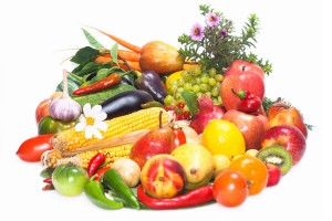 rsz_stockvault-mixed-fruits-ampamp-vegetables146794-RESIZED