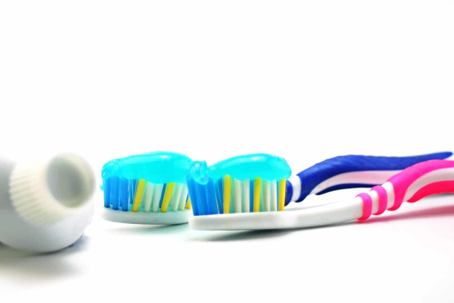 dental-health-tooth-brush